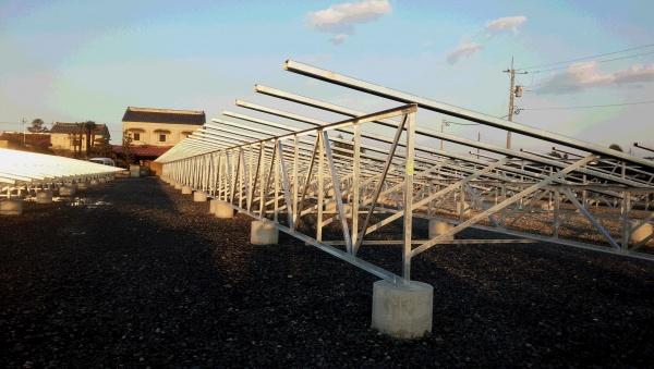 栃木県高根沢町 ソーラーフロンティア用太陽光発電用架台施 工致しました。